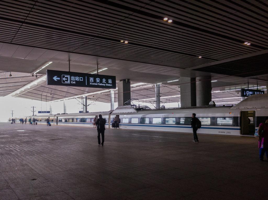 Unser Zug nach Peking im Bahnhof Xi'an