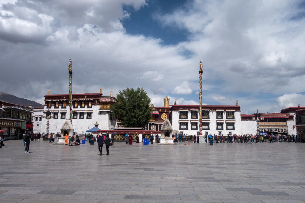 Der Jokhang Tempel in Lhasa von aussen
