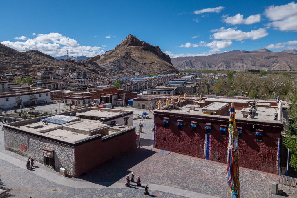 Aussicht auf das Kloster und Gyantse von der Stupa aus