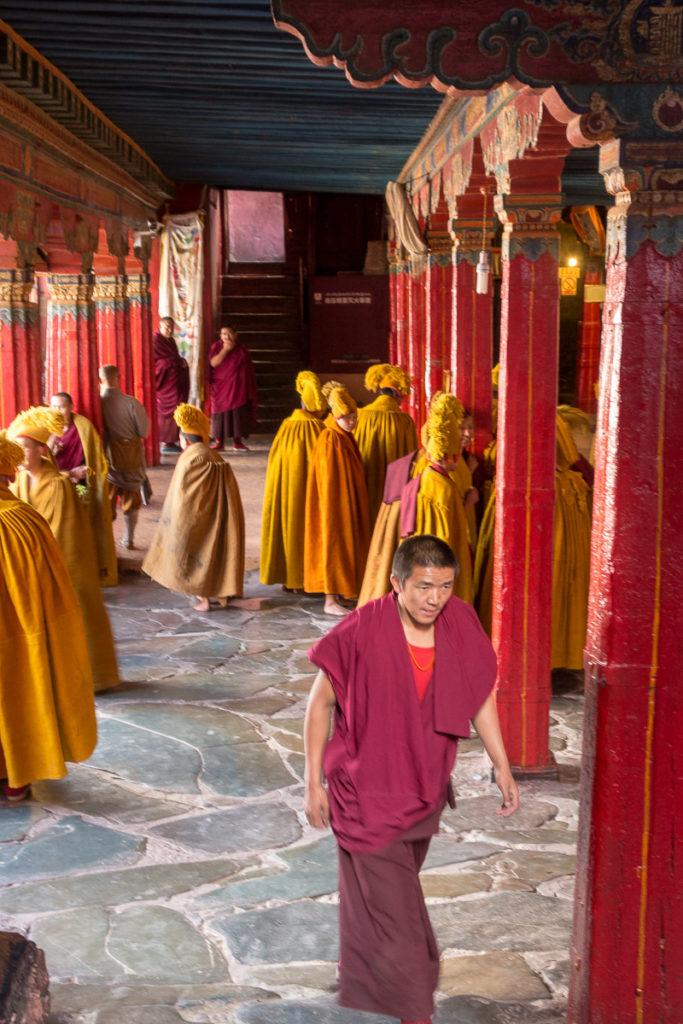 Die Mönche machen sich bereit für das Gebet