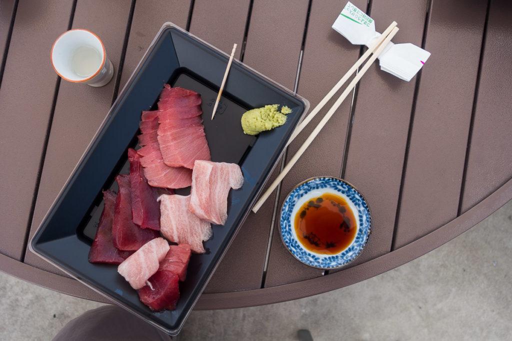 Sashimi und Sake - super!